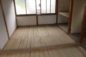 2階畳撤去(東面)