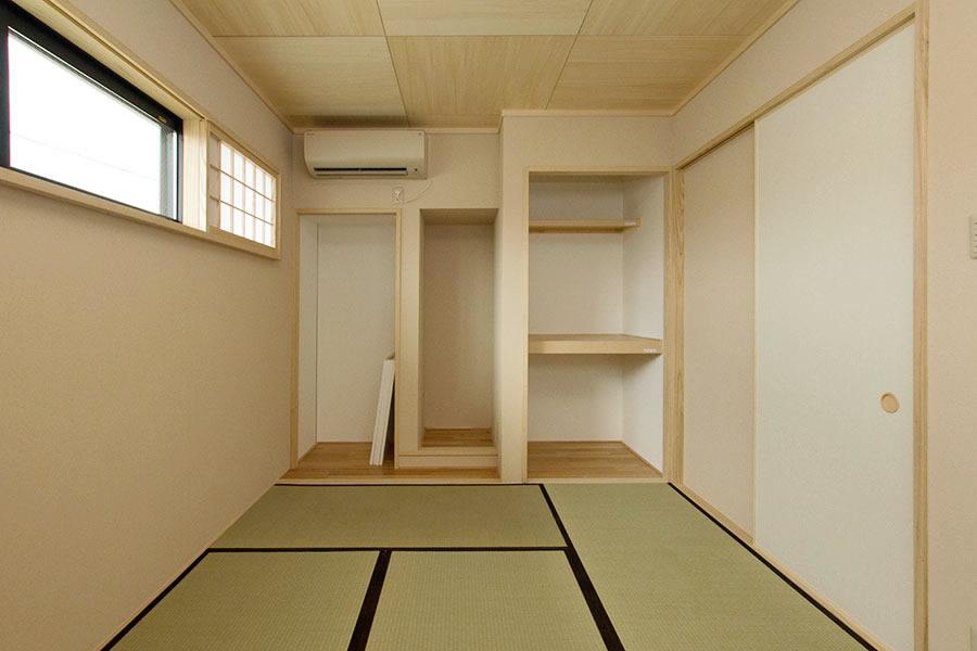 開放的なリビングのお家 和室