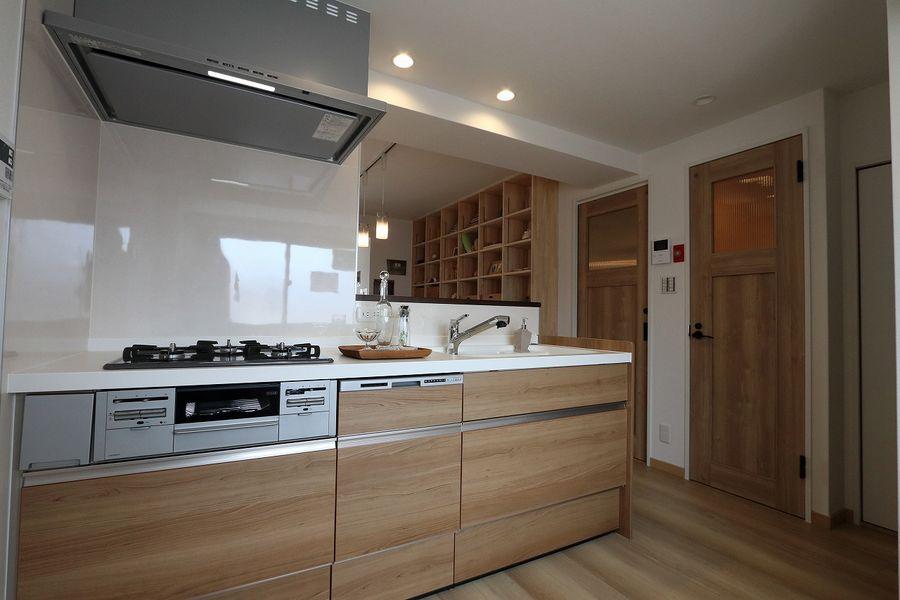 趣味を飾る家 キッチン